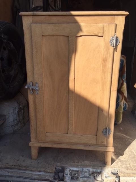 d capage par a rogommage d 39 une glaci re frigidaire en bois dans l 39 eure nettoyage vapeur. Black Bedroom Furniture Sets. Home Design Ideas