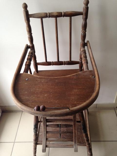 Chaise b b d cap e par a rogommage nettoyage vapeur for Chaise bebe auto